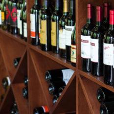 https://indoor360.com/wp-content/uploads/2014/04/slider_creekside_wines.jpg